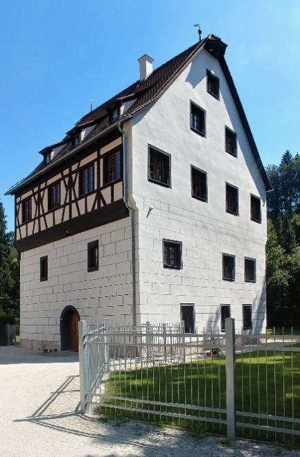 Hirschbach-Handwerkerhaus